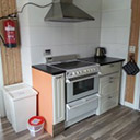 Kuchnia i kuchenka w domku