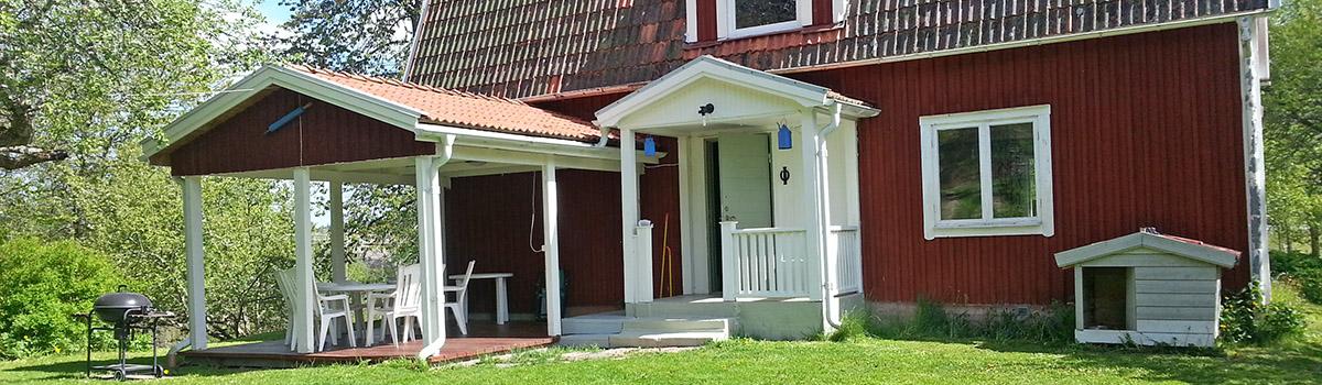 Czerwony domek do wynajmu w Szwecji